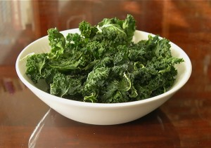 garlic and vinegar kale chips