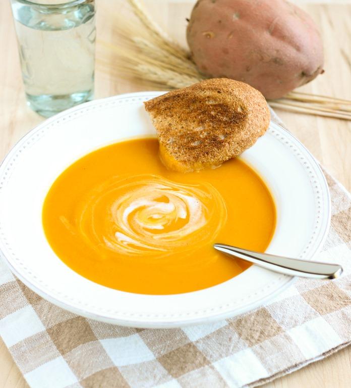 Clean Eating Sweet potatoe soup
